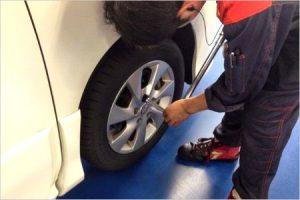 タイヤ交換の費用