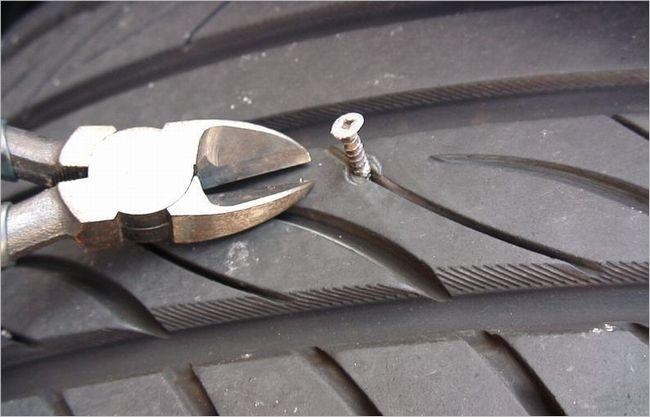 タイヤのパンク修理